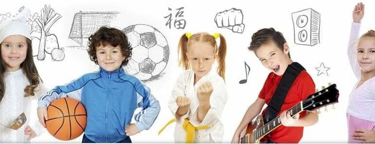 Educação crianca multitarefa
