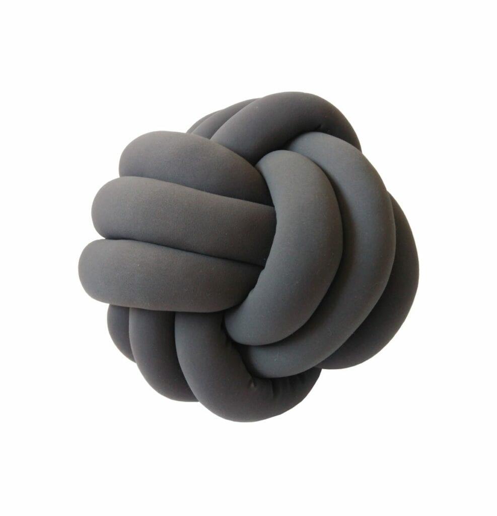 bola no must have montessori