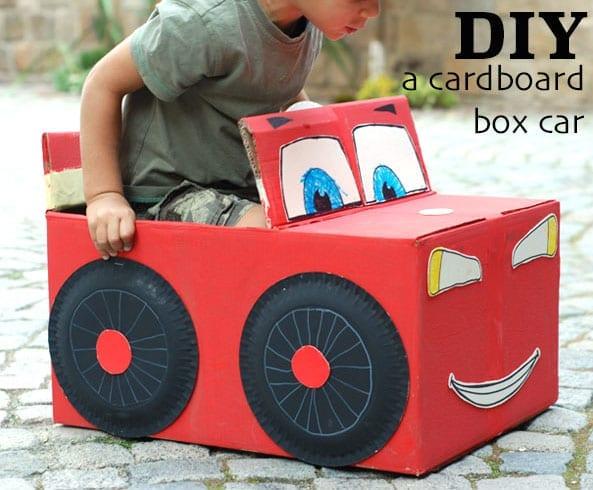 carro feito de caixa de papelao 03