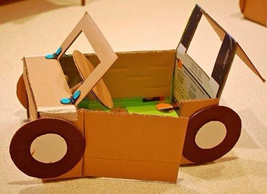 carro feito de caixa de papelao 13