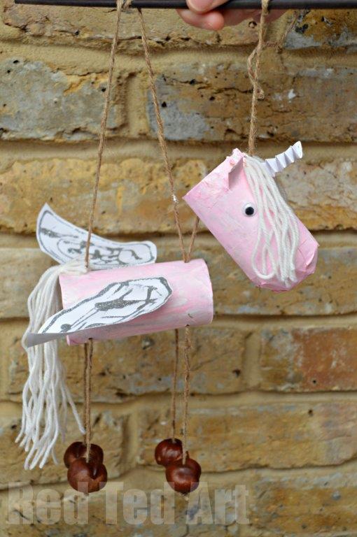 marionete unicornio