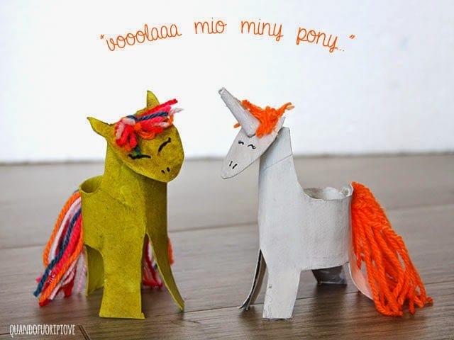 unicornio com papel higienico 20