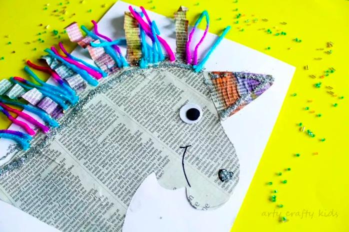 unicornio com papel jornal 06