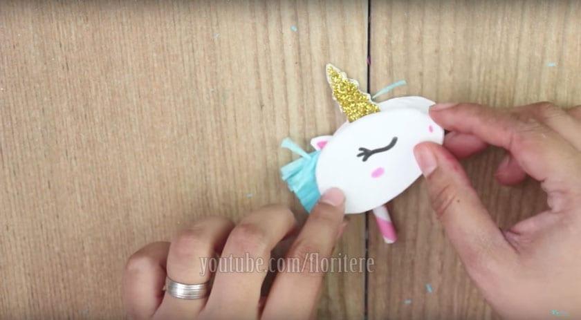 unicornio-que-faz-caca-14
