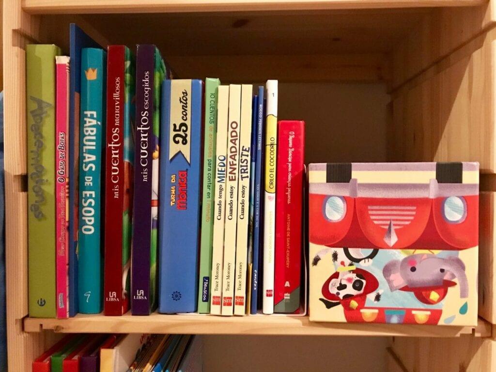 biblioteca infantil em casa 03