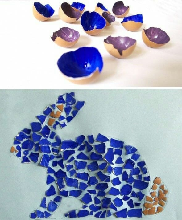 coelho feito de mosaico com cascas de ovo