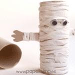 Animais com rolo de papel higiênico - Múmia