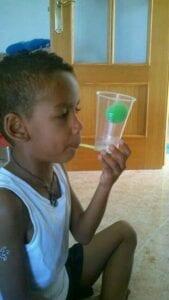 Bolinha no copo