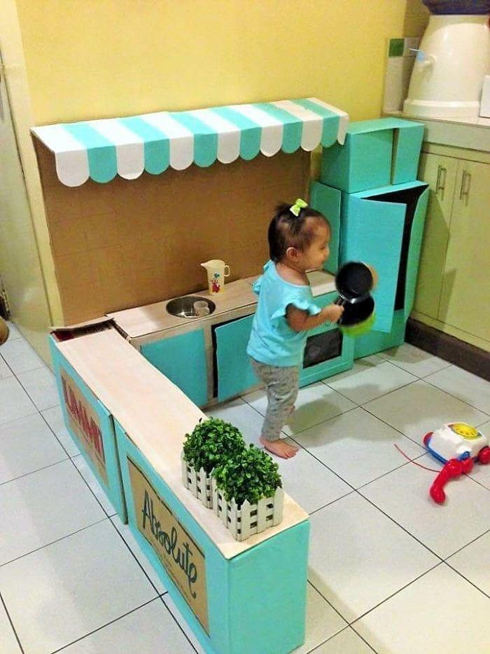 cozinha de papelao 06