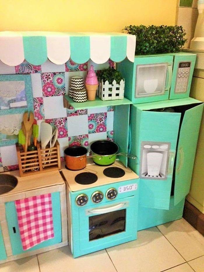 cozinha de papelao 07