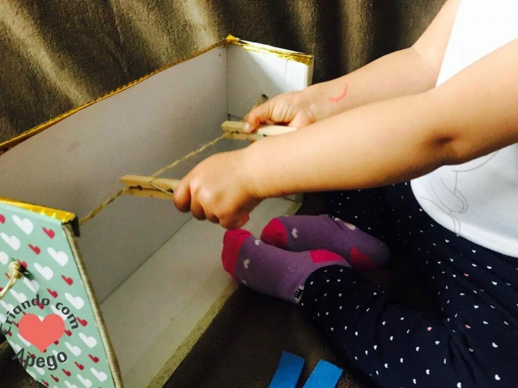 varal infantil atividade de vida pratica montessori 11