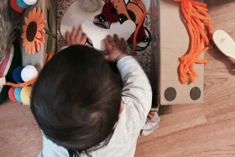 caixa de estimulacao sensorial montessori 01