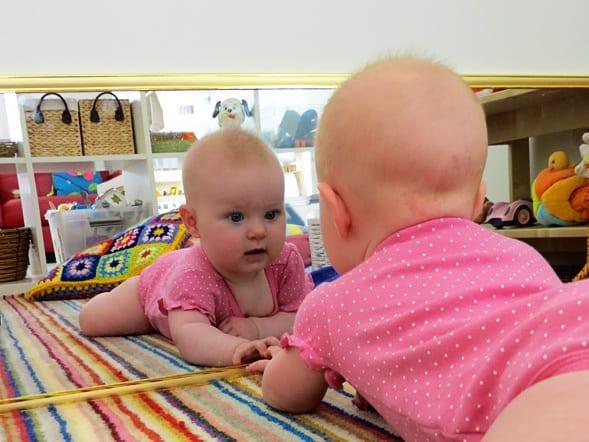 espelho para quarto montessoriano