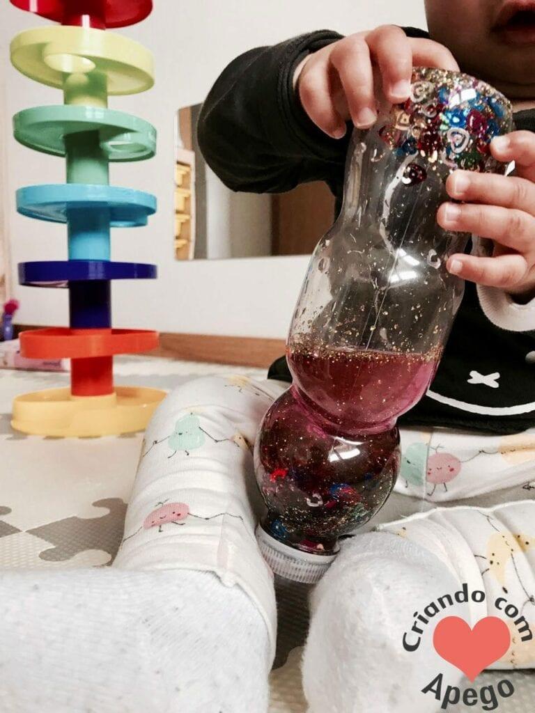 jogos de aprendizagem garrafas sensoriais