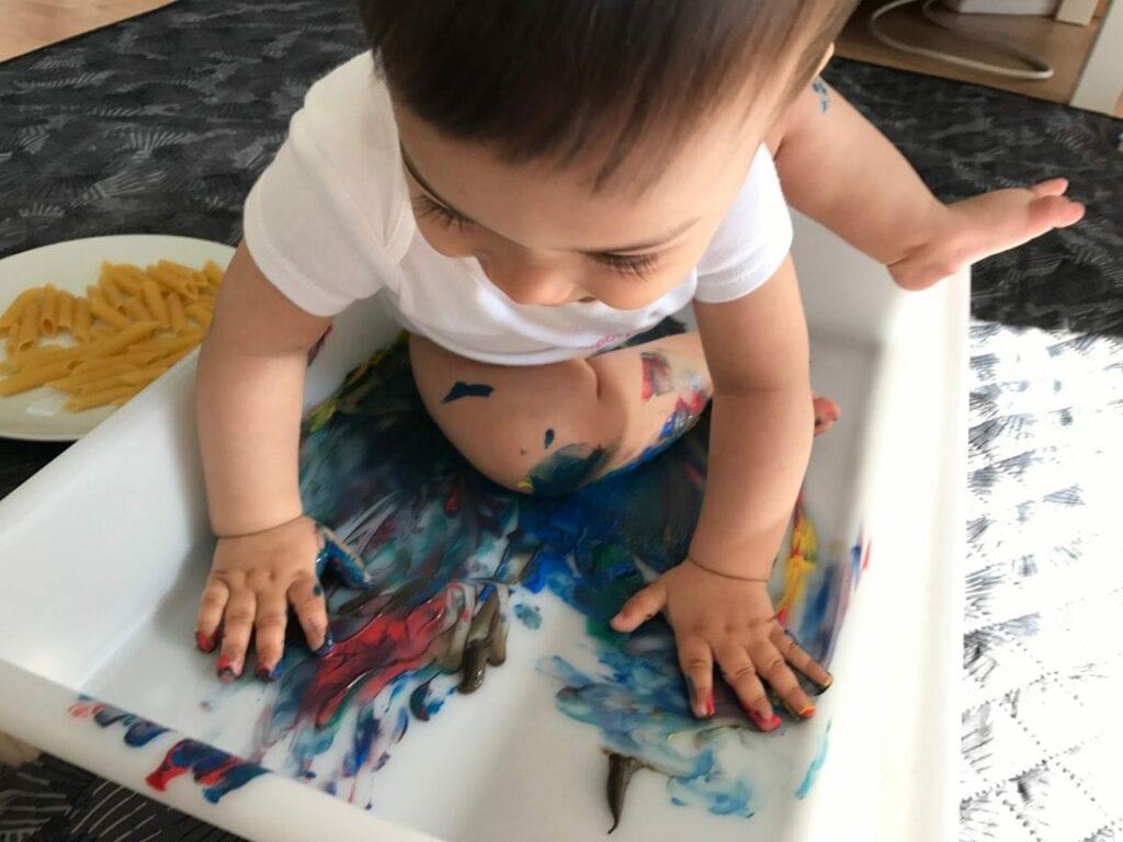 atividades de artes pintura com macarrao