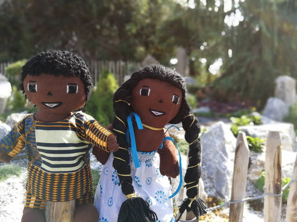 bonecas africansa fara e fina