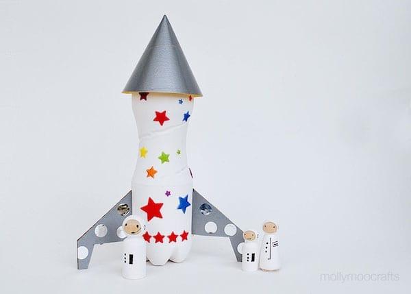 brinquedos reciclados garrafas pet foguete espacial