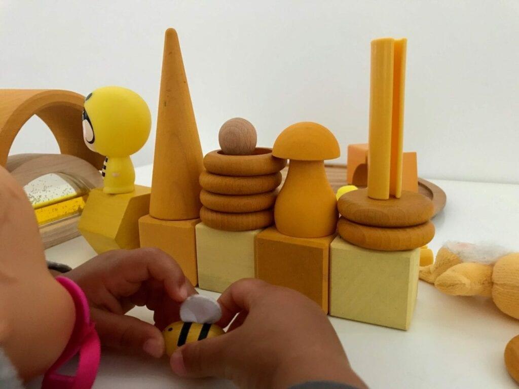 atividade com a cor amarela 10