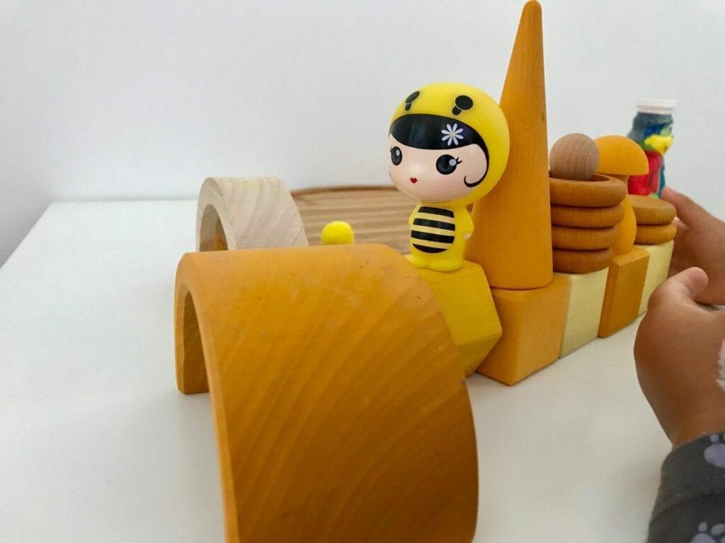 atividade com a cor amarela 13