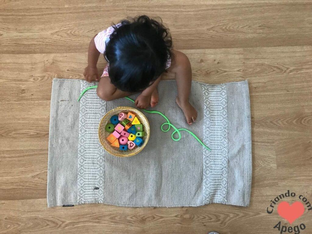 brinquedo de alinhavo na educacao infantil 01
