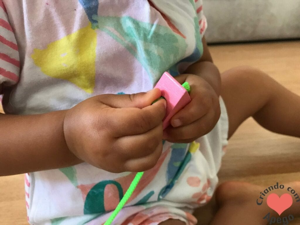 brinquedo de alinhavo na educacao infantil 02