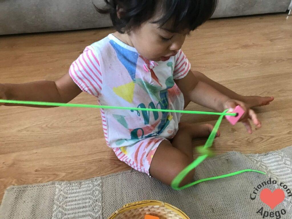 brinquedo de alinhavo na educacao infantil 04