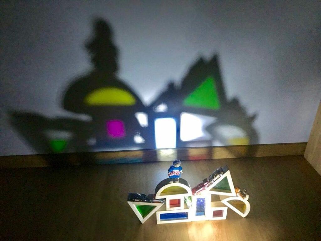 atividade com luz e sombra reggio emilia 03