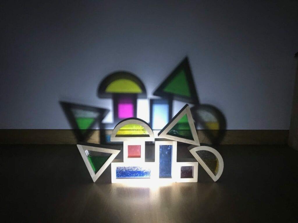 atividade com luz e sombra reggio emilia 06
