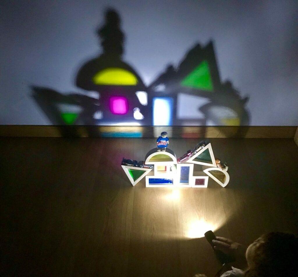 atividade com luz e sombra reggio emilia 07