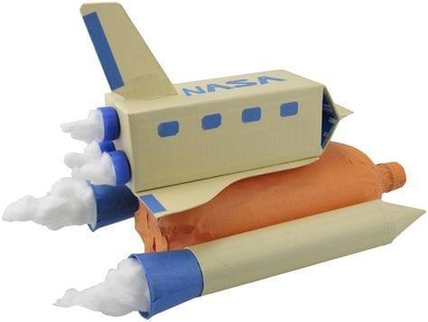 brinquedos reciclados com caixa de leite aviao