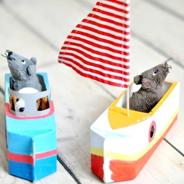 brinquedos reciclados com caixa de leite barco