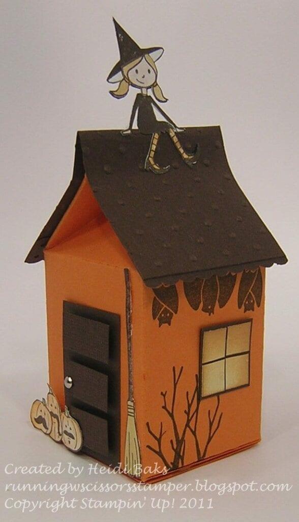 brinquedos reciclados com caixa de leite casa da bruxa halloween