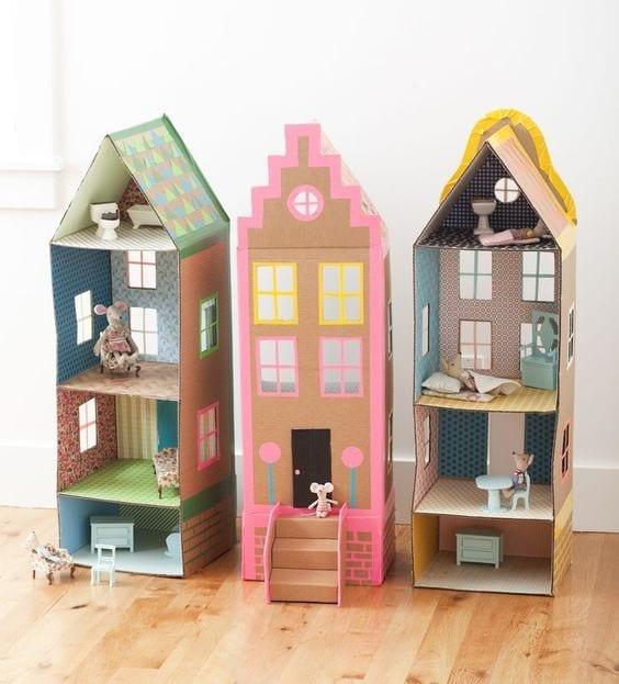brinquedos reciclados com caixa de leite casa de bonecas