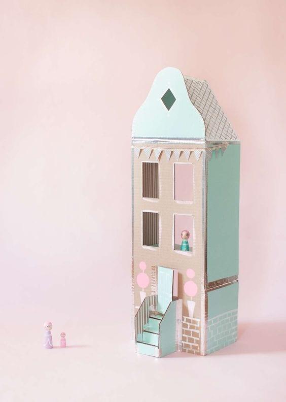 brinquedos reciclados com caixa de leite casa vintage
