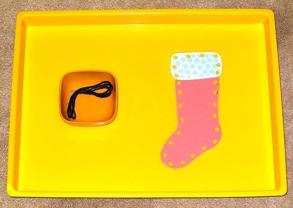 atividades de alinhavo com simbolos natalinos 01