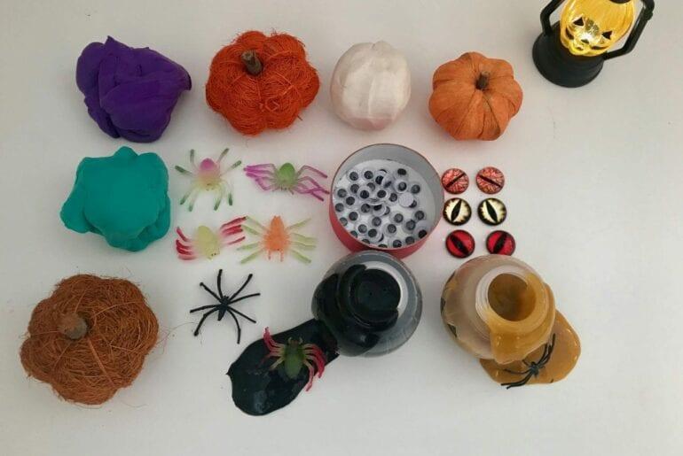 mesa de jogos sensoriais do halloween 01