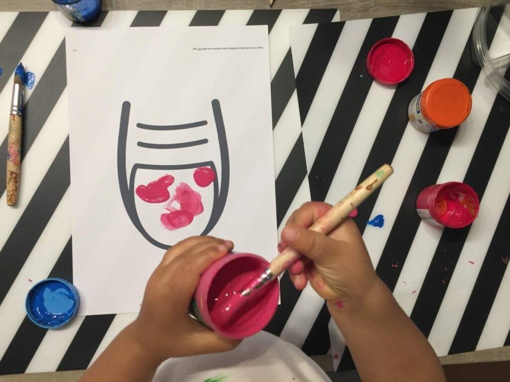 pintar a unha atividade infantil 03