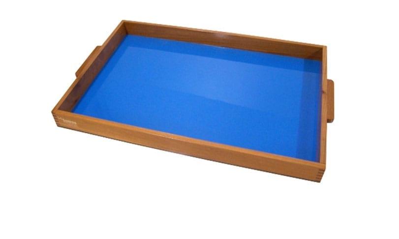 tabuleiro de areia montessori