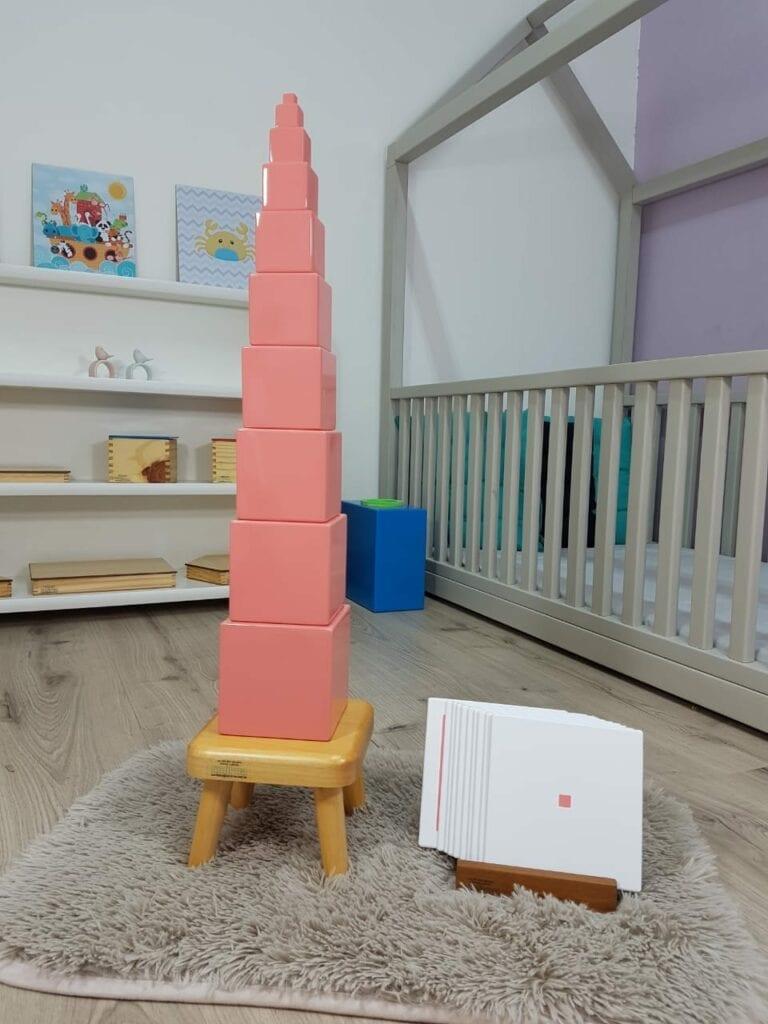 torre rosa montessori material