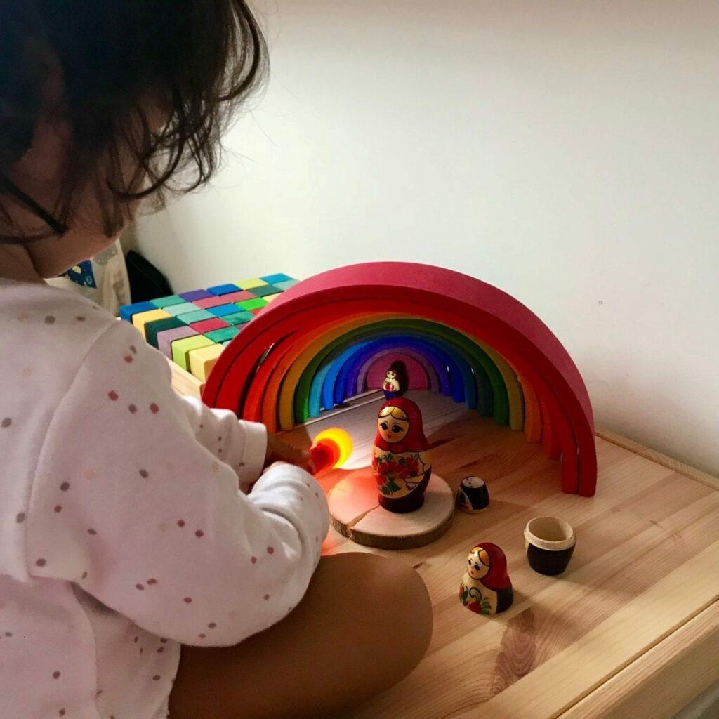 brinquedos de madeira brinquedos de plastico 04