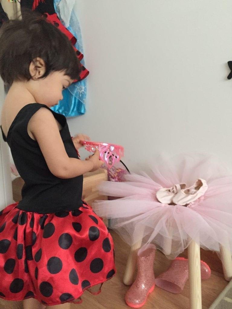 brincar com fantasias imaginacao infantil 06