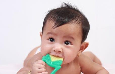 limpar brinquedos com bicarbonato