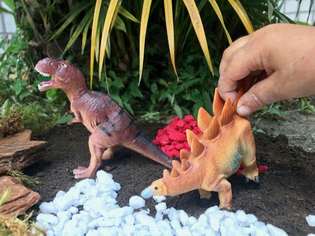 terrario para dinossauros 05