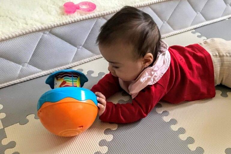 estimular um bebe de 0 a 6 meses