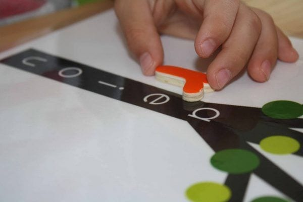 arvore das vogais montessori