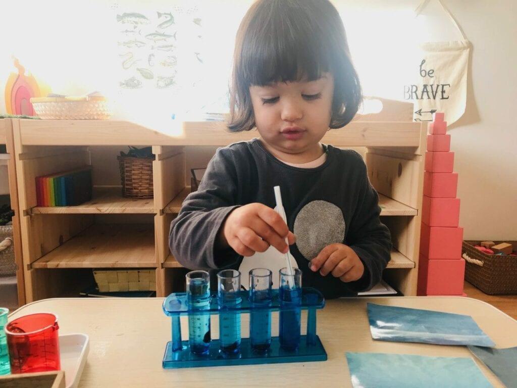 atividade sobre os tons de azul 05