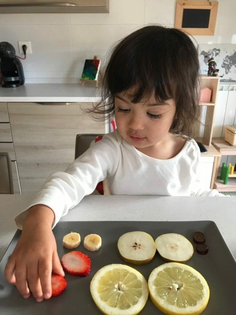pareamento de frutas cortadas ao meio 04