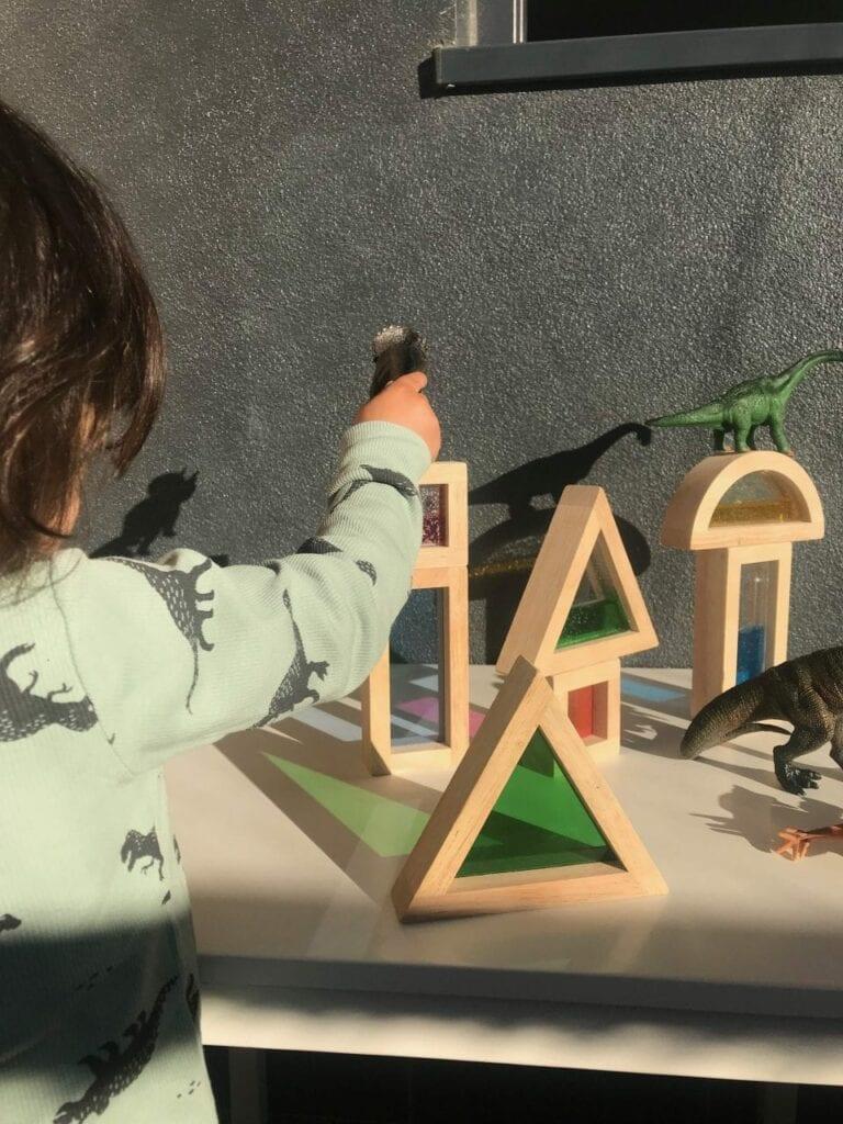 sombras de dinossauros e translucidos 02