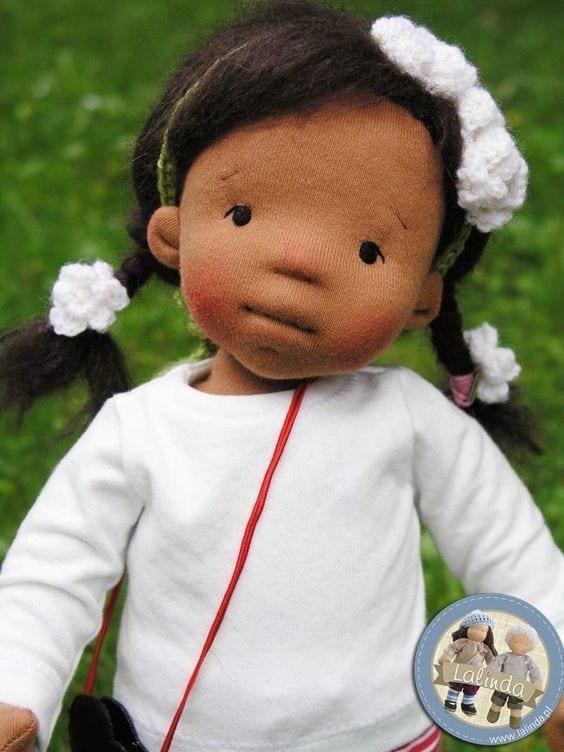 bonecas negras Waldorf 08