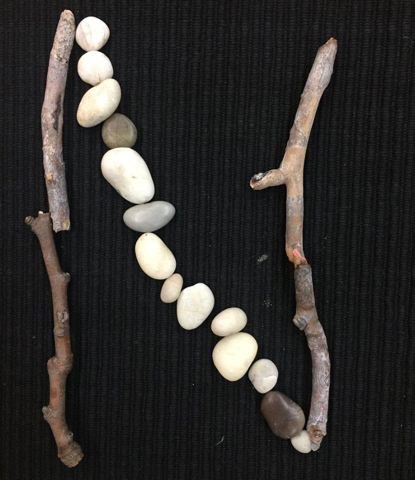 alfabeto com materiais naturais 14